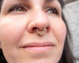 piercing septum avec chauve-souris BVLA
